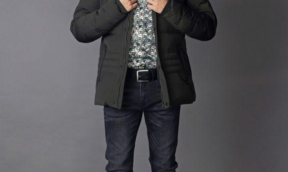 winterjas € 99,90<br/>overhemd € 49,90<br/>jeans € 59,90