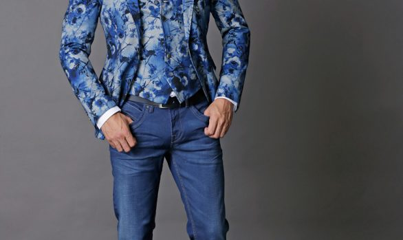 colbert € 99,90<br/>gilet € 49,90<br/>jeans € 59,95