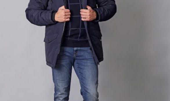 winterjas € 99,99<br/>koltrui € 59,90<br/>jeans € 59,99
