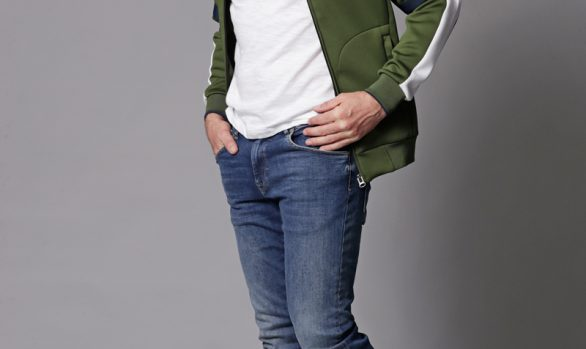 jack € 64,90<br/>polo € 24,99<br/>jeans € 59,99